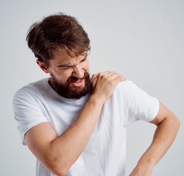 how to fix a dislocated shoulder