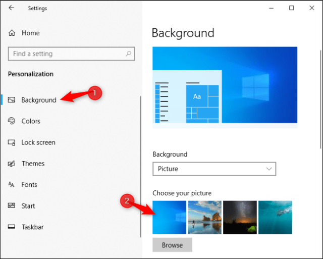 Selecting the new Windows 10 default desktop background