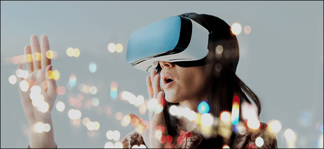 A woman experimenting with 4K VR with DisplayPort 2 technology.
