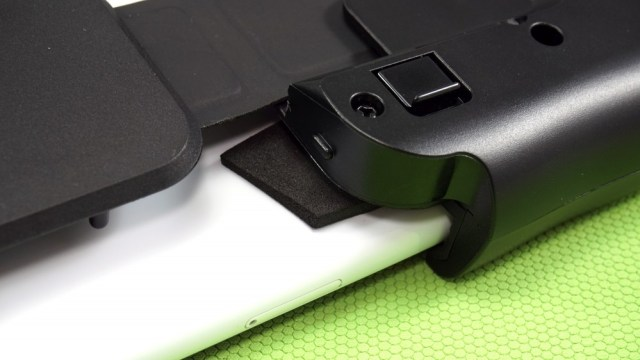 Close up of foam padding added to controller by reviewer