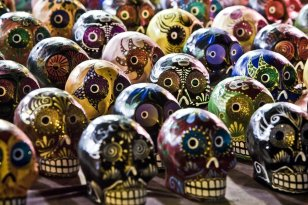 How to find out about dia de los muertos its history and symbolism