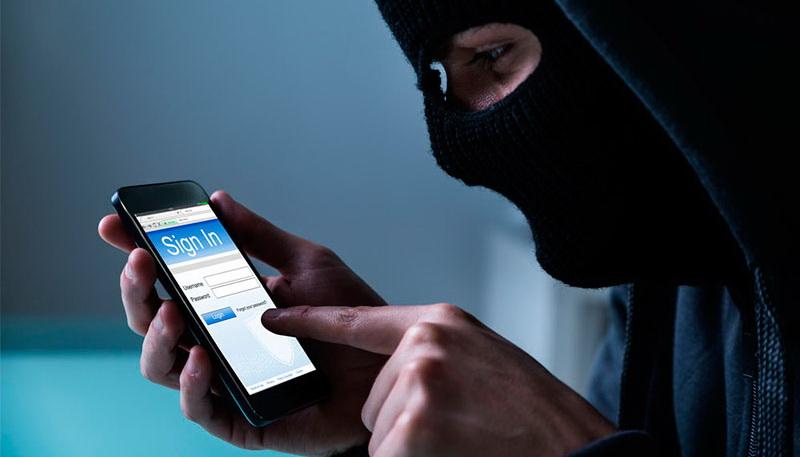 Smartphones hack via SMS