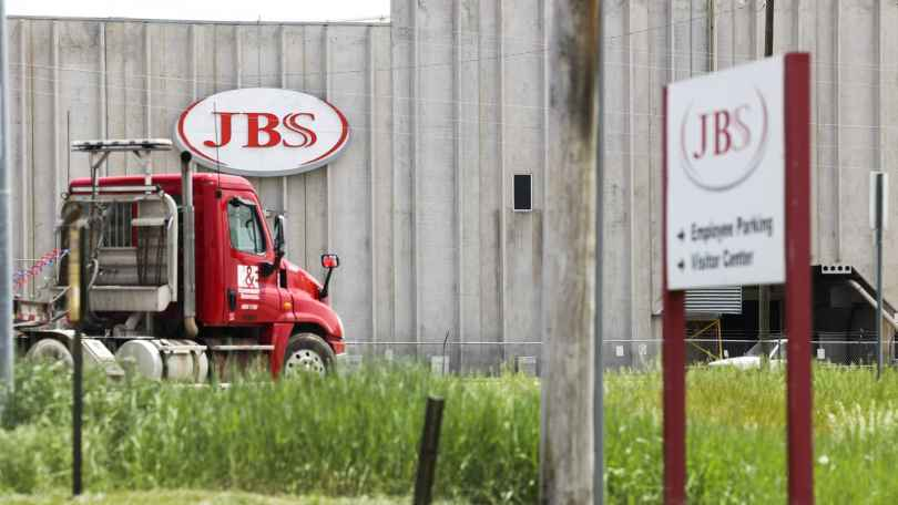 JBS paid the extortionists