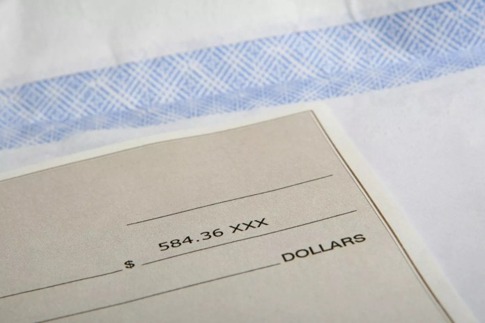 How To Write A Check?  A TO Z Guide to fill out a check correctly