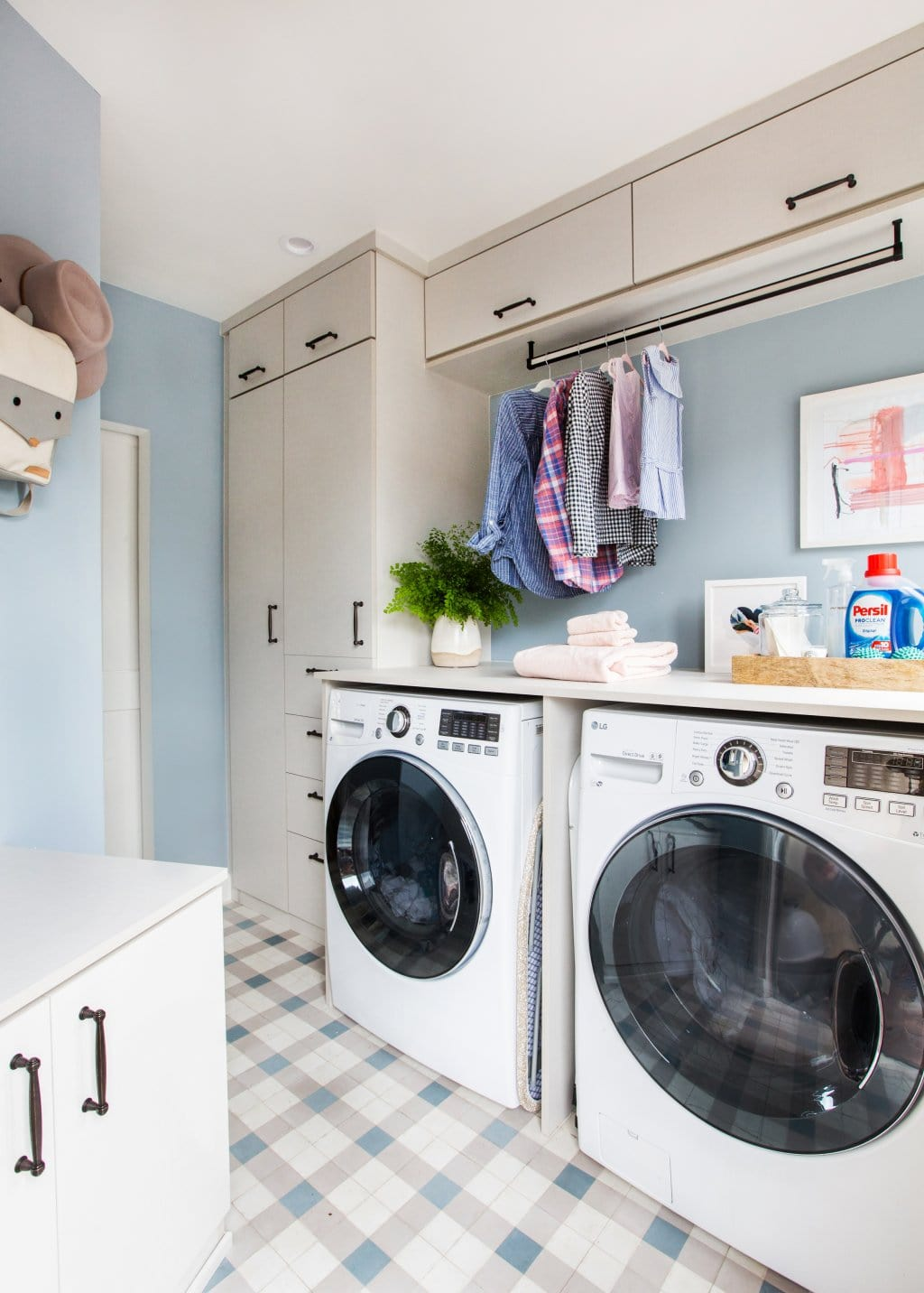 20 Laundry Room Makeovers Organization And Home Decor