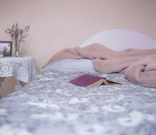 10 unusual ways to improve sleep patterns