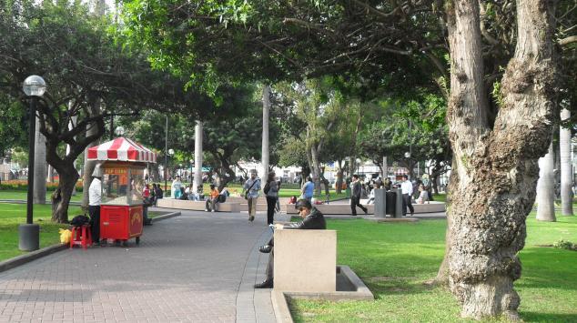 parque-kennedy-miraflores-lima