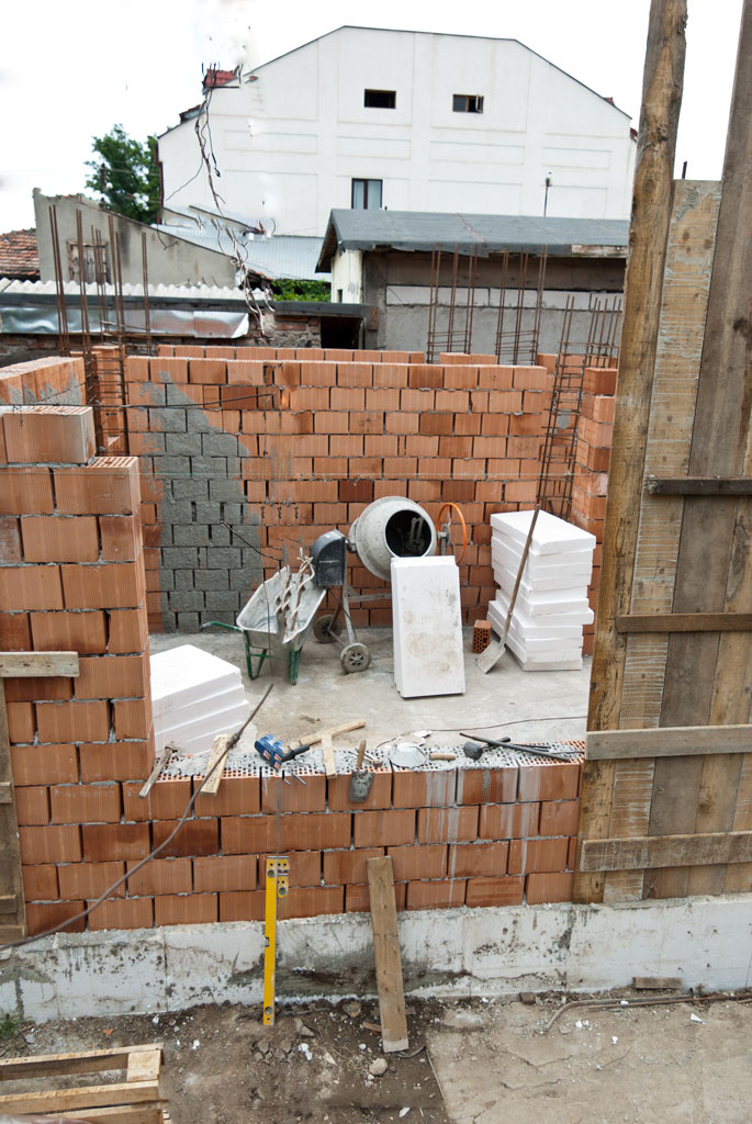 How Many Bricks To Build A House : bricks, build, house, Brick, House, Construction, HowToSpecialist, Build,, Plans