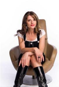 686891_thumbnail_280_MC_Julia_Zemiro_with_Fiona_O_Loughlin_Denise_Scott_and_more_Short_Girly.v1