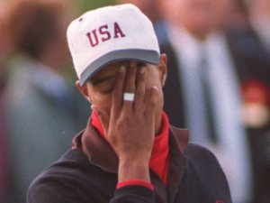 Tiger-Woods-Facepalm
