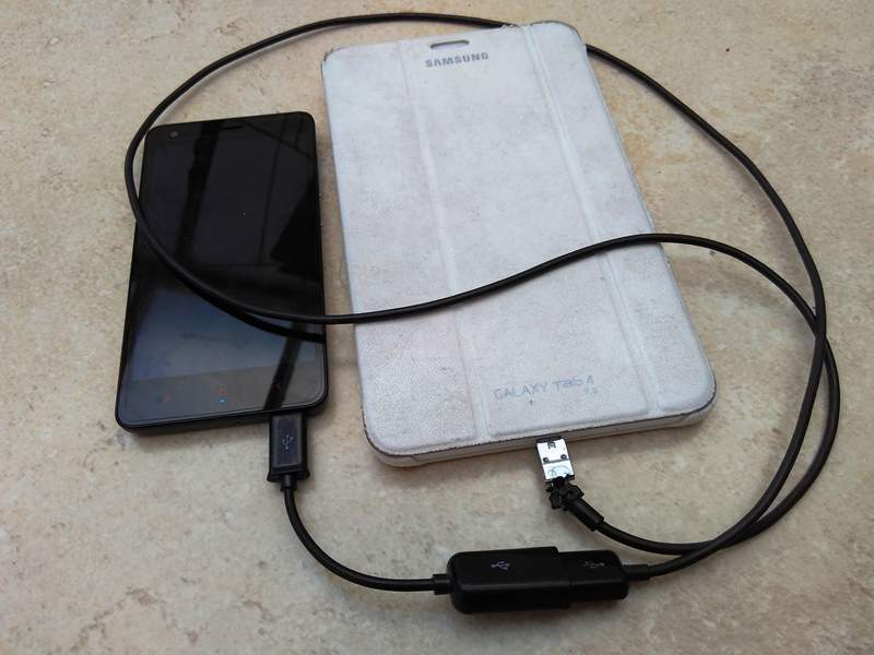 charge your mobile from another tablet