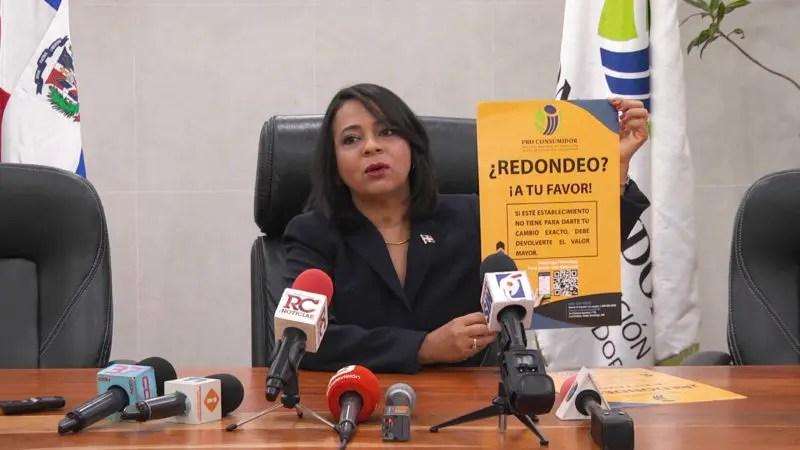Anina Del Castillo, campaña Redondeo a tu Favor