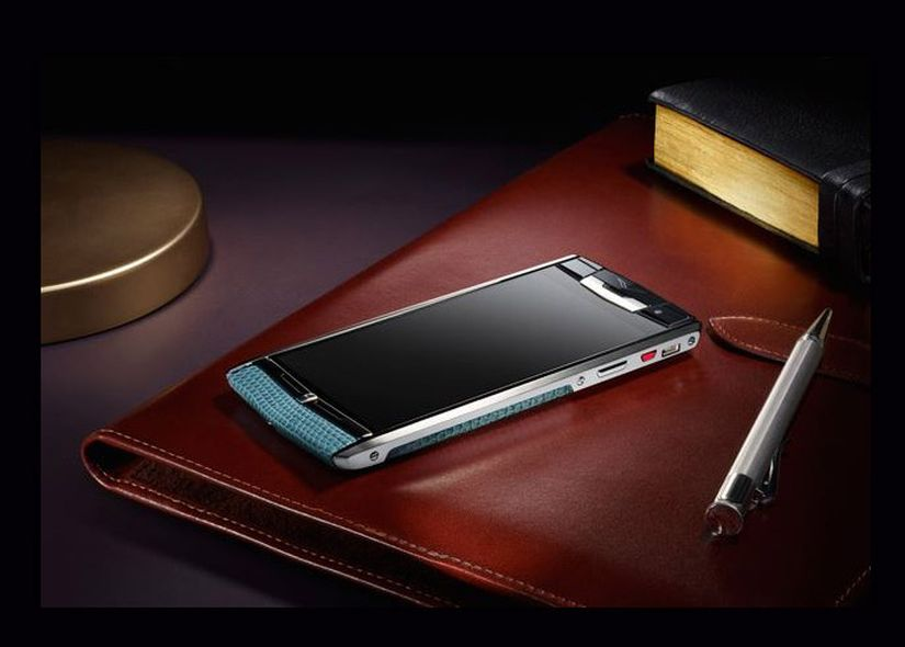 Vertu-smartphone-Android-de-lujo