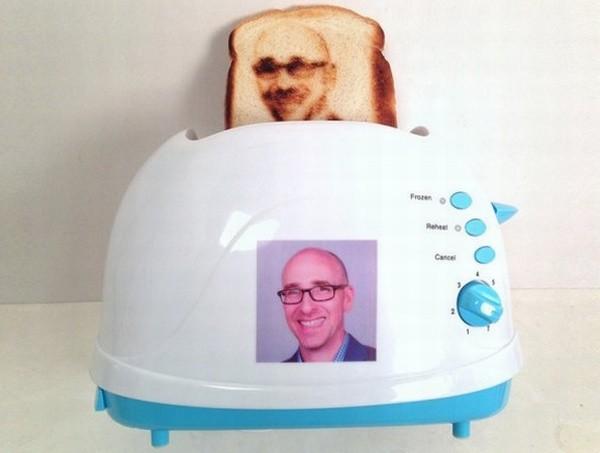 selfie-toaster-tostadora-pan-imprime-rostro
