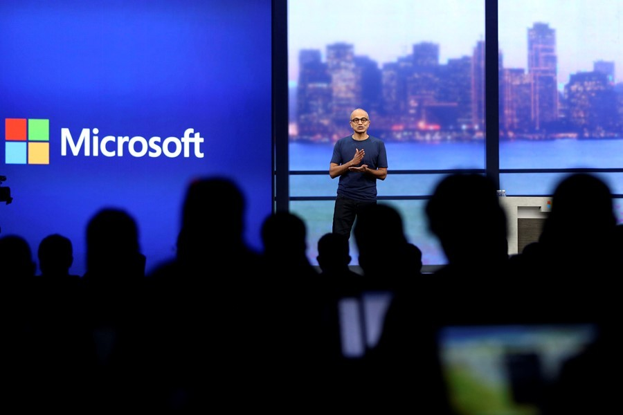 "Microsoft CEO Satya Nadella speaks during his keynote address at the company's  ""build"" conference in San Francisco, California April 2, 2014. REUTERS/Robert Galbraith  (UNITED STATES - Tags: SCIENCE TECHNOLOGY BUSINESS)"
