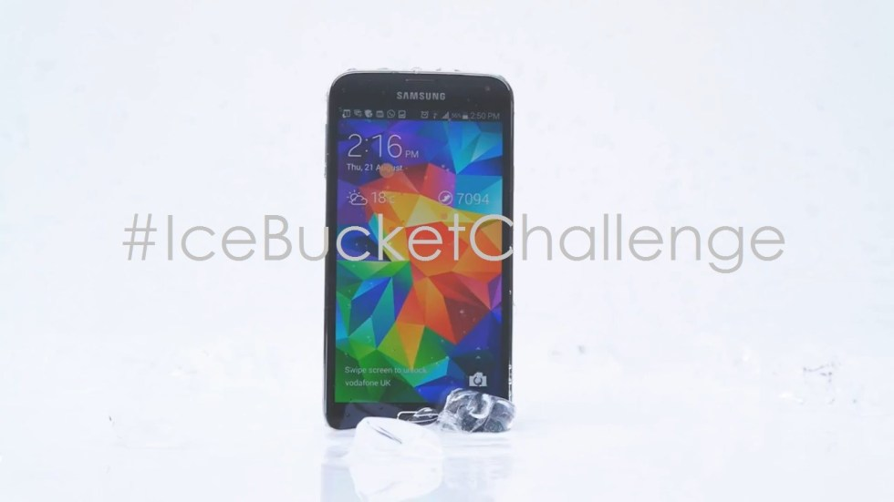 Samsung-Galaxy-S5-hace-el-icebucketchallenge