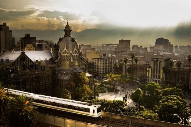 Medellin-Colombia-internet-gratis-inteligente-mi-medellin