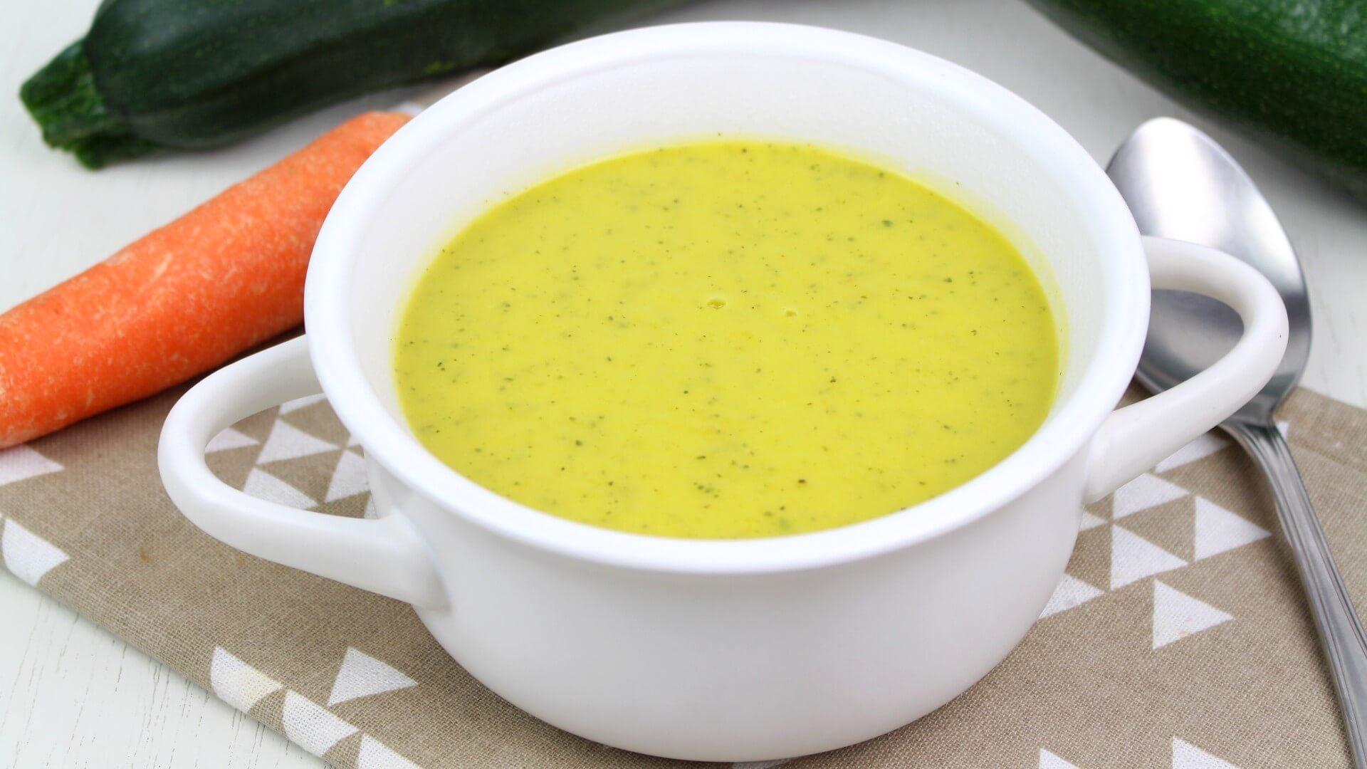 Crema de calabacín y zanahoria en Thermomix y Mambo