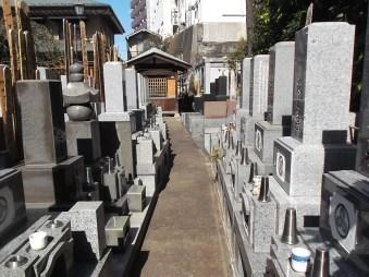 妙清寺【平坦で歩きやすい墓地】