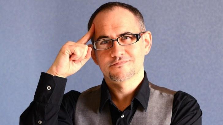 El showman Darío Piera este viernes en el Café Teatro de Buñol