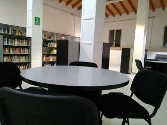 Biblioteca Yátova 3