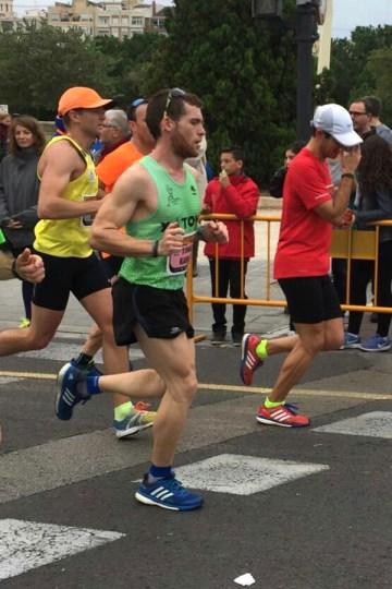 correores-maraton-valencia-2016-8