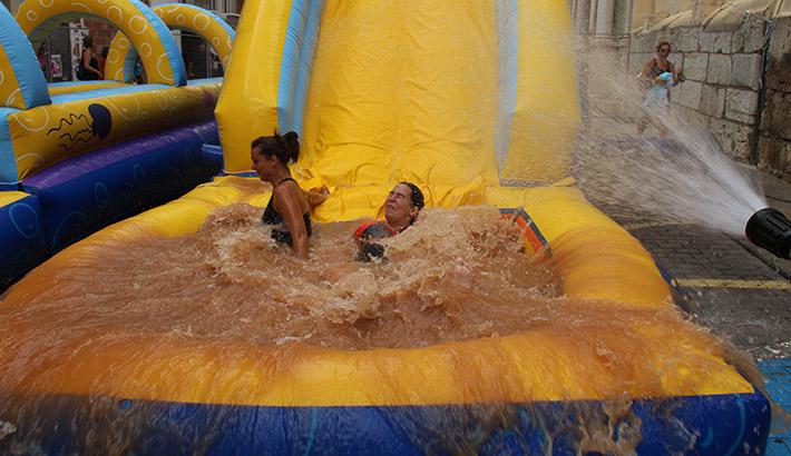 El Mud Festival consolidado en las fiestas buñolenses