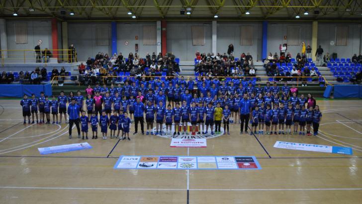 Las imágenes de la presentación de los equipos del Club Balonmano Buñol