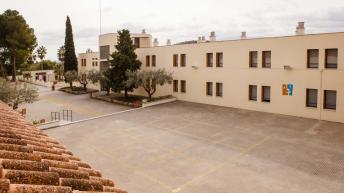 Desalojado el Centro de Menores de Alborache por un incendio