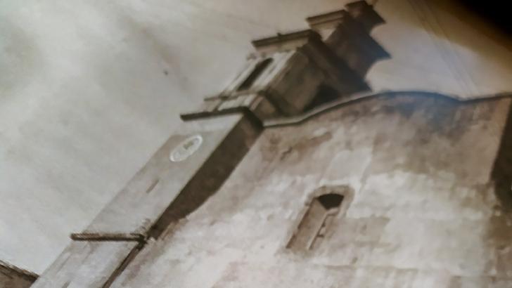 Cuentos y relatos de Buñol: Parroquia San Pedro Apostol. El Secreto.