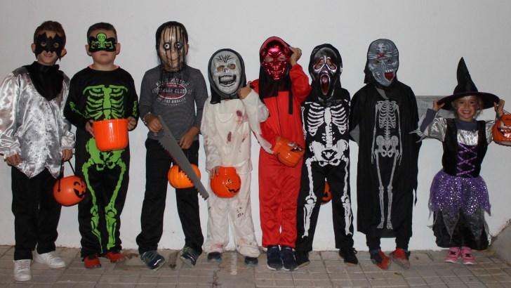 Éxito de la Fiesta de Halloween celebrada en el Barrio San Rafael de Buñol (imágenes)