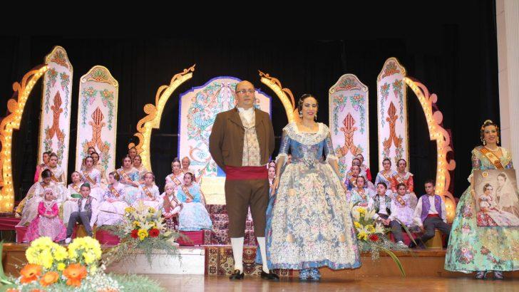 Míriam Villena vive una tarde mágica en su presentación como Fallera Mayor de «El Prado» (imágenes)