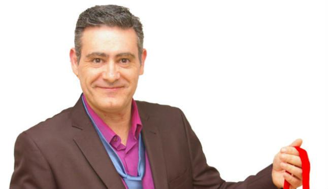 El cómico y mago Darío Hueta este viernes en el Café Teatro de Buñol