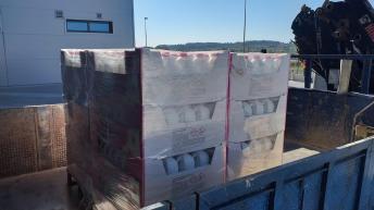 La Empresa SPB dona 1.280 litros de lejía al Ayuntamiento de Buñol