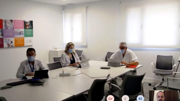Macastre reivindica ante el área de Salud de Manises la reapertura de su Centro de Salud