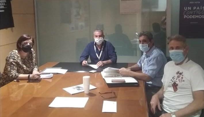 La Plataforma Pro Hospital Comarcal se reúne con Unidas Podemos