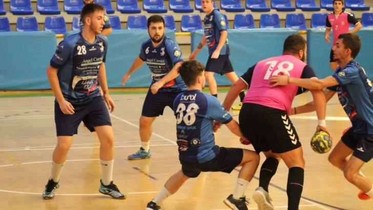 El equipo sénior del Club Balonmano Buñol comienza la liga con victoria ante el Torrent (26-31)