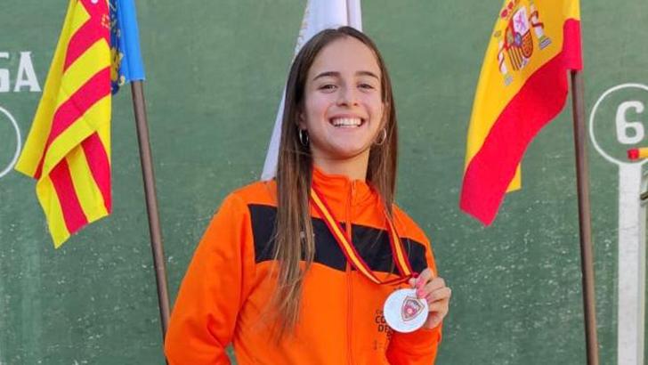 Inés Giménez Criado se proclama subcampeona de España Cadete en Frontenis