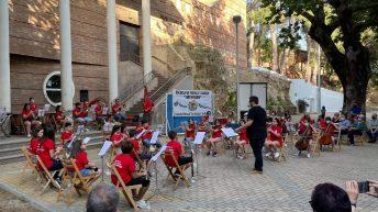 """La Escuela de Música y Danza """"Luis Ayllón"""" de «La Artística» de Buñol celebra el fin de curso"""
