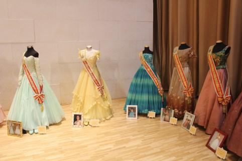 expo trajes misses (7)
