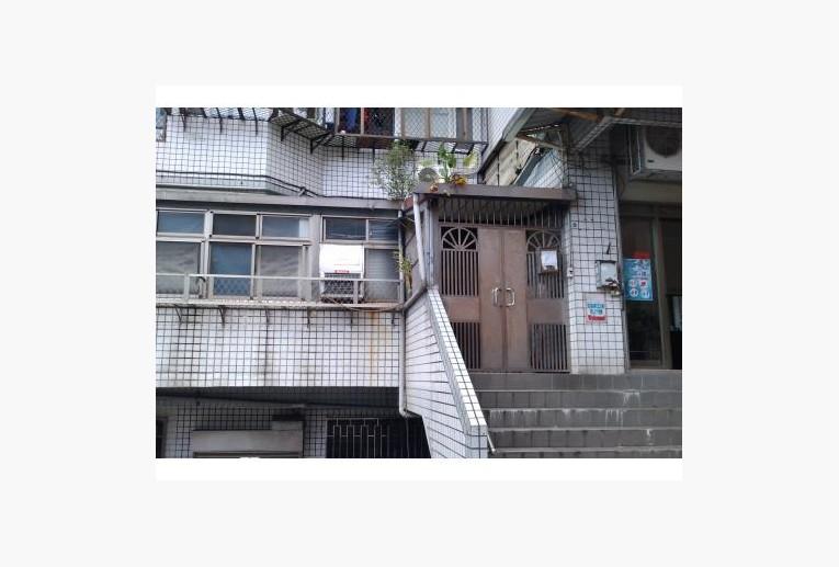 竹圍民族路商圈一樓商/辦/住皆宜 - 店面出租– 591房屋交易網