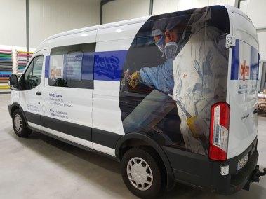 hplusb-design-autofolierung-transporter-teilfolierung