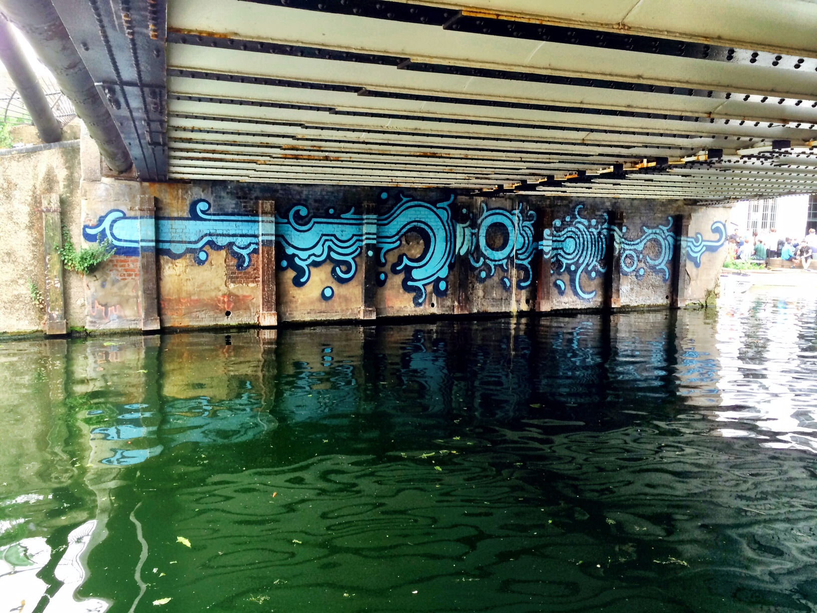 lee navigation graffiti