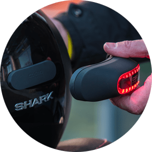 cosmo-connected-cosmo-moto-helmet-brake-and-security-light