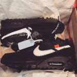 I opened the box for the first time in a week.#NIKE #AIRMAX90 #THEten #Off-White #sneaker