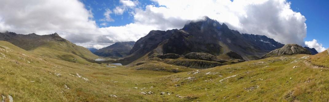 Blick ins Val Viola mit dem Corno di Dosdè 3232müM