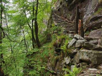 Aufstieg von Foroglio ins Val Calnègia