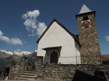 Denkmalgeschützte reformierte Kirche - Grundmauern aus dem Jahre 1405