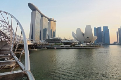 Helix Bridge - Marina Bay Sands - Art Science Museum