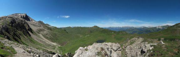 überwältigendes Pano Richtung Nordwesten - links Weissfluhgipfel (2843 müM)